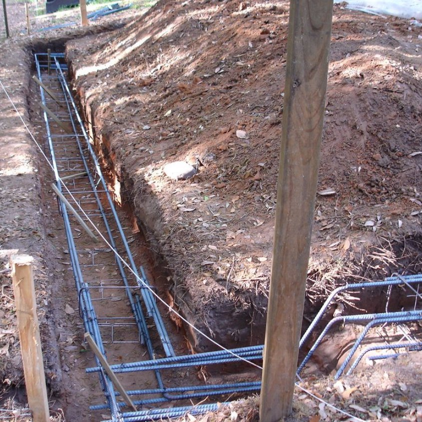 Reinforcement of foundations